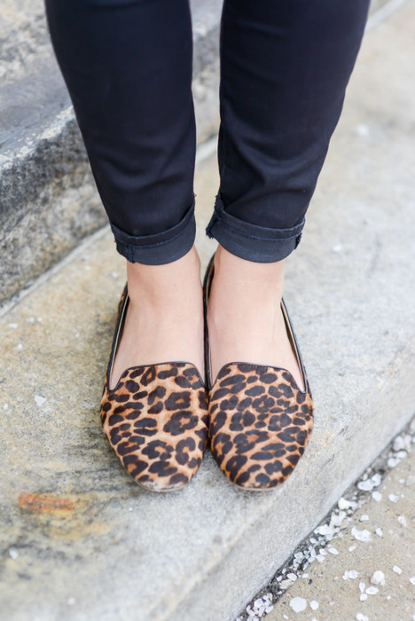 Sharing My Sole_Leopard Flats